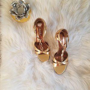 NWT Jacqueline Ferrer Gold Ankle Strap Heels 7 1/2
